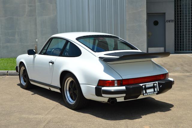 1988 Porsche 911 Club Sport Grand Prix White / Black