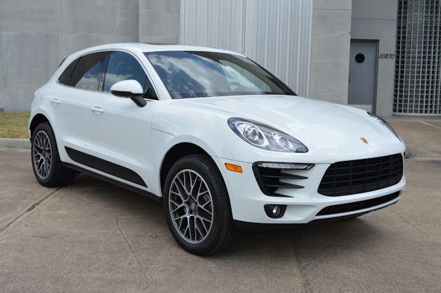 2016 Porsche Macan S White / Black