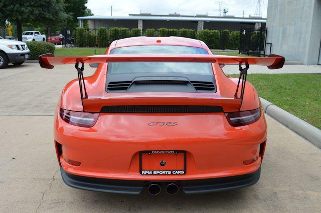 2016 Porsche 911 GT3 RS Lava Orange / Black