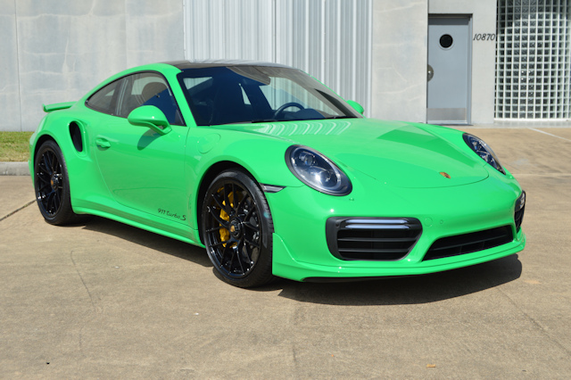 "2017 Porsche 911 Turbo ""S"" Signal Green / Black"