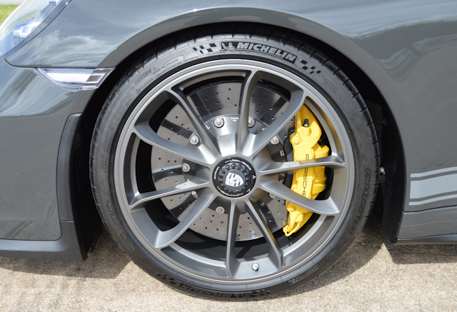 2018 Porsche 911 GT3 Touring Slate Grey / Houndstooth