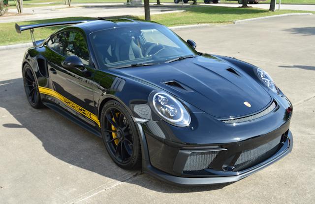 2019 Porsche 911 GT3 RS Black / Black